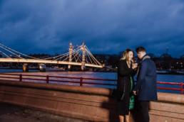 Man proposing his girlfriend
