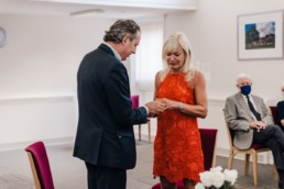 Couple getting married at the beaconsfield old town hall while social distancing
